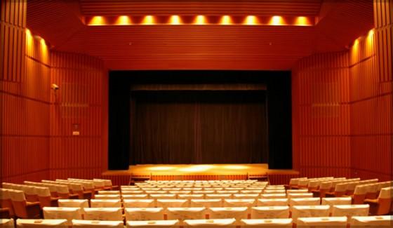 滋賀県立文化産業交流会館  小劇場
